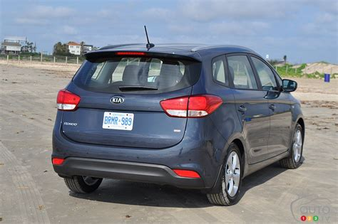 2014 kia rondo review 2014 kia rondo car news auto123