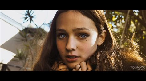 image host trailer for the host movie the host image 30109480