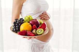 gravidanza e alimentazione cosa evitare alimentazione in gravidanza i cibi da evitare