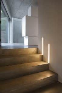 treppenaufgang beleuchtung modern lighting ideas that turn the staircase into a