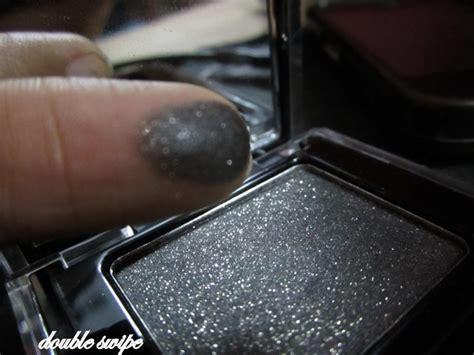 Calvin Klein Tempting Glance Eyeshadow calvin klein tempting glance eyeshadow in smudge review