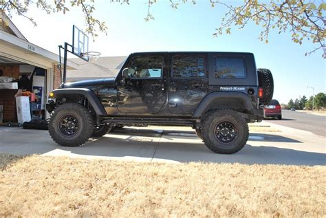 Jeep Jk 4 Inch Lift Looking For Pics Of 4 5 Quot Lift And 35 Quot Km2s Page 2 Jk
