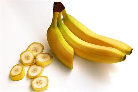 carbohydrates in banana free photo bananas fruit carbohydrates free image on