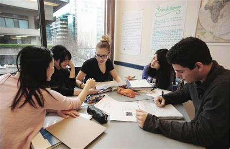 Foreigners Us Visa Mba Students by Post Secondary Schools Fear Loss Of International