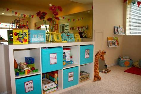 rangement jouet chambre enfant rangement salle de jeux enfant 50 id 233 es astucieuses
