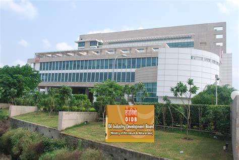 Petroleum Mba Colleges In India by Welcome To Rajiv Gandhi Institute Of Petroleum Technology