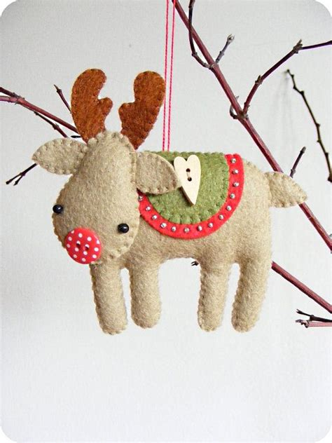 pattern for a felt reindeer pdf pattern rudolph the red nosed reindeer felt