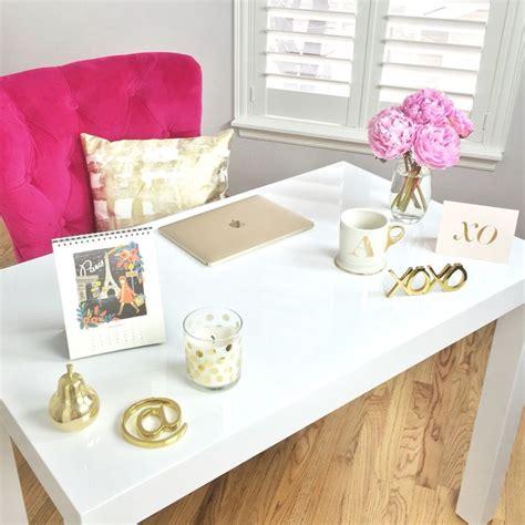 pink and white desk m 225 s de 1000 ideas sobre pink gold office en