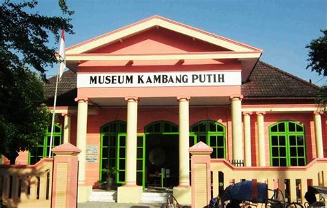 Kembang Putih museum kembang putih explore wisata tuban
