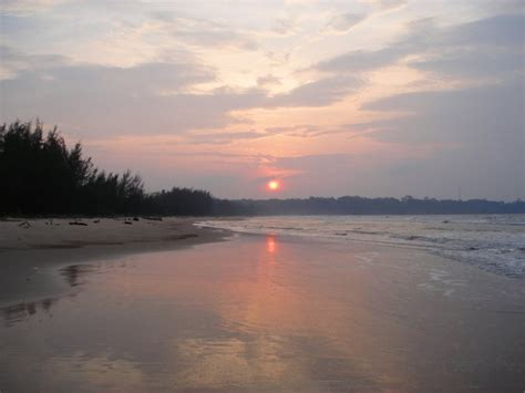 boredom busting brunei beaches cush travel blog