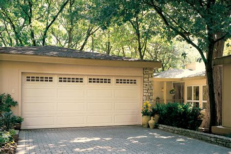 Garage Doors Omaha Residential Garage Doors Overhead Door Company Of Omaha Commercial Residential Garage Doors