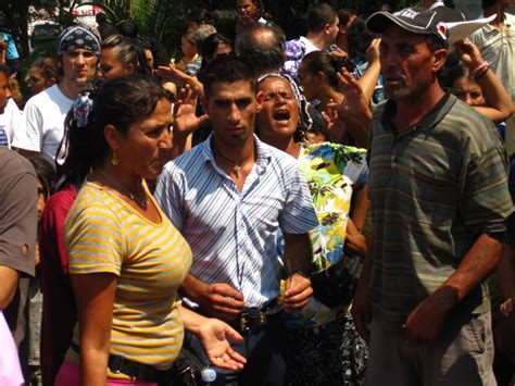 crisis council   association  displaced roma