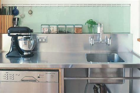 kitchen stainless steel benches best 25 stainless steel splashback ideas on pinterest