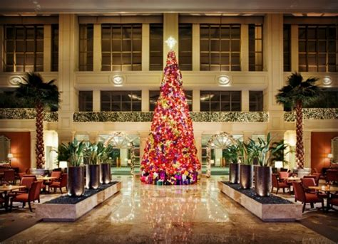 top ten hotel lobby christmas decorations photo essay sparkling hotel lobbies decked out for