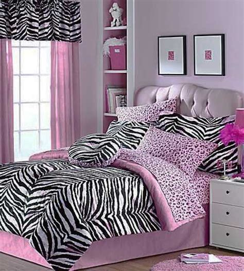 Zebra Print Decor For Bedroom | zebra prints and decoration patterns personalizing modern