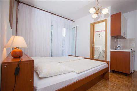 appartamenti croazia economici vacanze in makarska croazia appartamenti in affitto