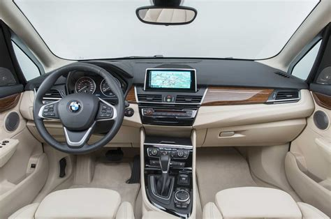 Bmw 2 Interior 2016 bmw 2 series active tourer interior photo 7