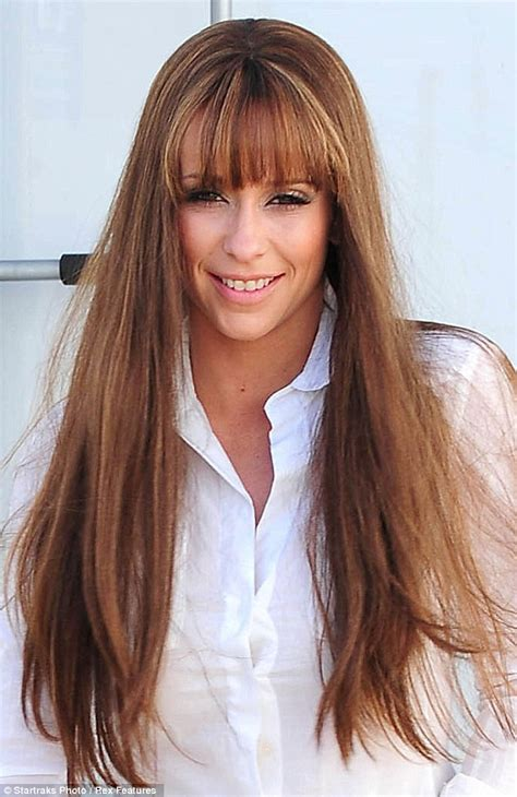jennifer love hewitt hair extensions pins on parade jennifer love hewitt distracts attention