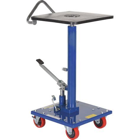 manual lift table vestil manual hydraulic post table 200 lb capacity model ht 02 1616a hydraulic lift