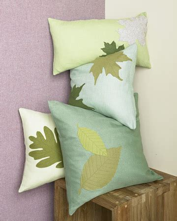 how to decorate for fall with diy fabric leaves weallsew