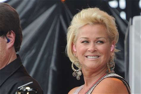 lori morgan hairstyle in 1989 and 1990 lorrie morgan songs full list lorrie morgan zimbio