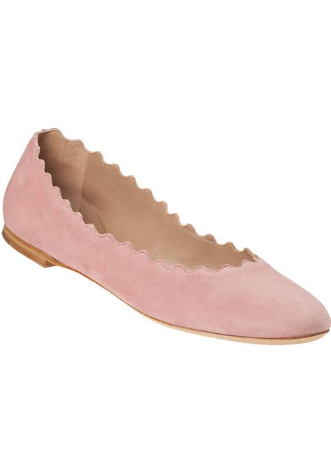 pink flats shoes chlo 233 scalloped suede ballet flats in pink lyst