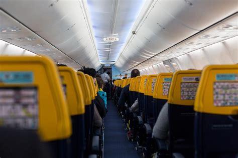 ryanair cabin is ryanair deliberately splitting up passengers who refuse