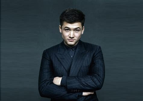film kingsman adalah luka tubuh taron egerton di kingsman the golden circle