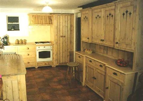 Reclaimed Pine Kitchens