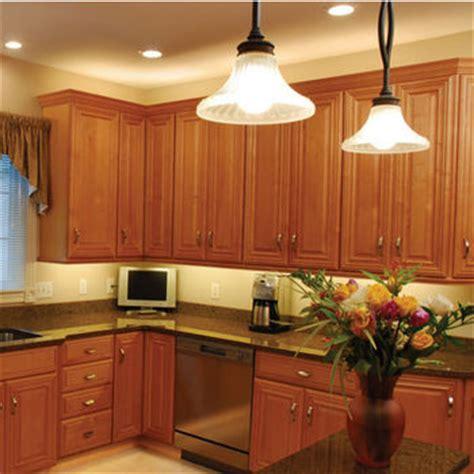 best under cabinet lighting furniture mommyessence com cabinet furniture lighting at kitchensource com led