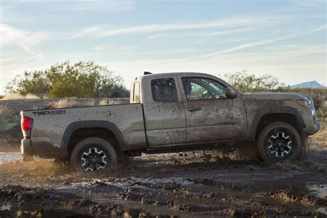 Toyota Tacoma 2016 Trd 2016 Toyota Tacoma Bows With New Powertrains In Detroit