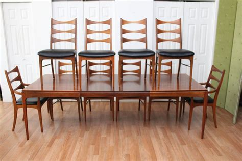 walnut dining room table and chairs walnut dining room table and ten chairs at 1stdibs