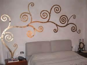 decorazioni pareti da letto decorazione pareti con foglia d oro foto 5 21 design mag