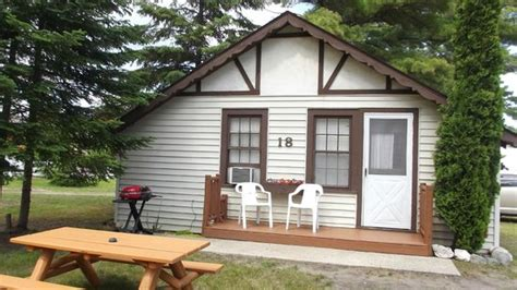 the beach house mackinaw city the beach foto de the beach house mackinaw city tripadvisor