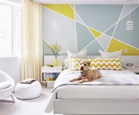 desain dinding kamar dengan kertas padu padan warna super keren untuk dinding kamar modern