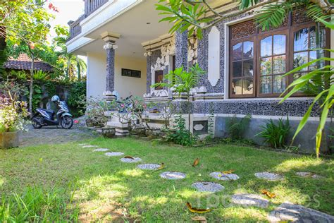 5 bedroom house for sale in brton 375 m2 land with five bedrooms house for sale sanur s