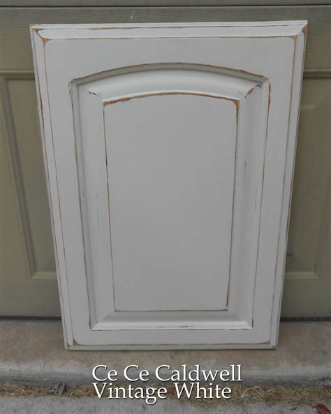 Painting Kitchen Cabinets Distressed White Kitchen S Test Cabinet Door Using Chalk Paint Front Porch Cozy
