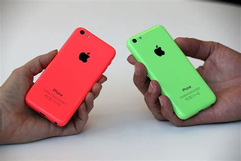 first reviews of the iphone 5s and iphone 5c