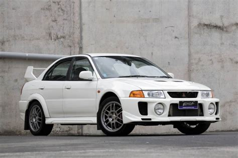 1996 1997 1998 2001 mitsubishi lancer evolutions technical service repair manual mitsubishi lancer car technical data car specifications vehicle fuel consumption information