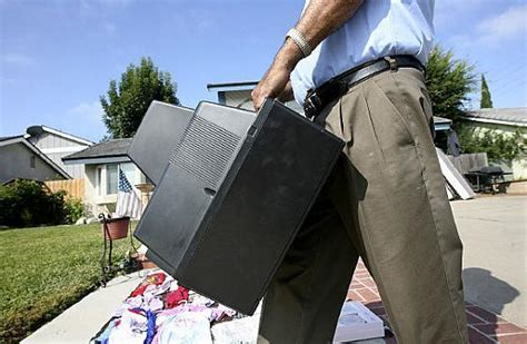 Lake Forest Garage Sales by Shoppers Find Riches In Lake Forest Garage Sale Orange