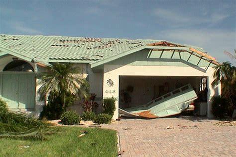 hurricane proof garage doors hurricane proof your garage door hurricane resistant