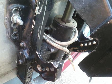 buitenboordmotor kantelen mercury outboard tilt trim help page 1 iboats boating
