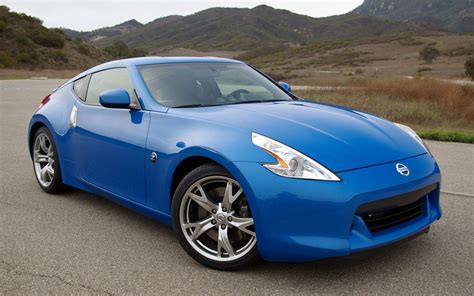 nissan blue car quality pictures of the nissan 370z japanese sports car