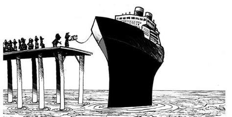 botar un barco que es 191 cu 225 l es el origen de romper una botella para bautizar un