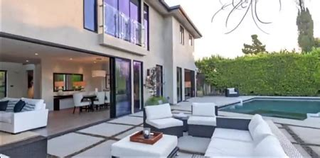 Russel Westbrook, The Wealthiest NBA player Owns A Million ... Russell Westbrook House