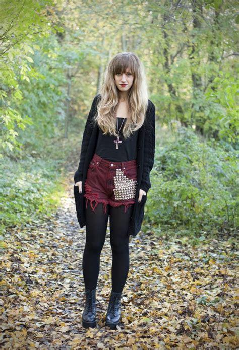 wear  denim studded shorts cute outfits ideas