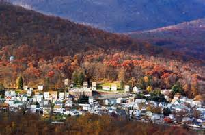 best towns in 10 small towns with fantastic fall color smartertravel
