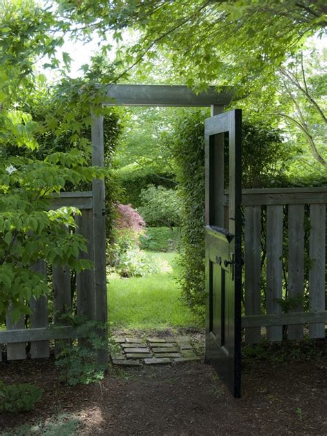 25 unique ideas with fences for your garden desired home