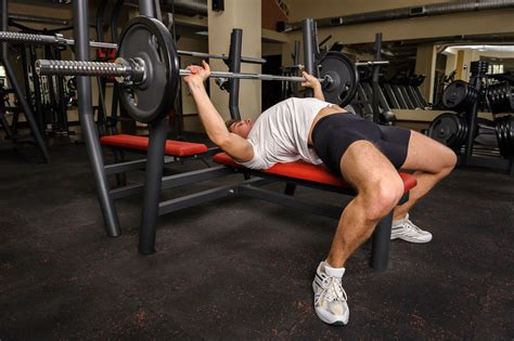 watchfit the bench press arch is it safe to arch your back