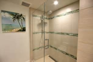 verflieste dusche ebenerdige dusche in 55 attraktiven modernen badezimmern